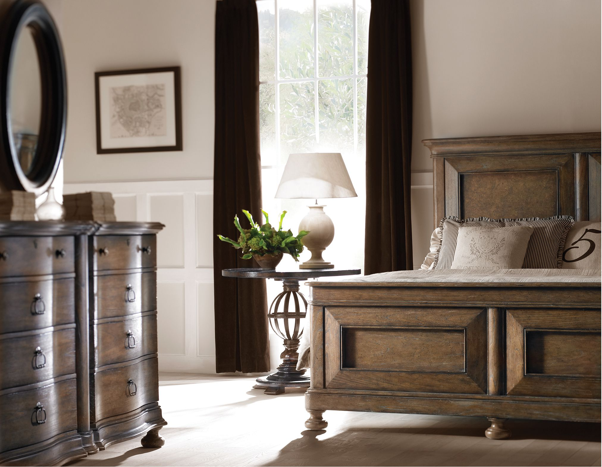 Decorate Any Room in the Transitional Style