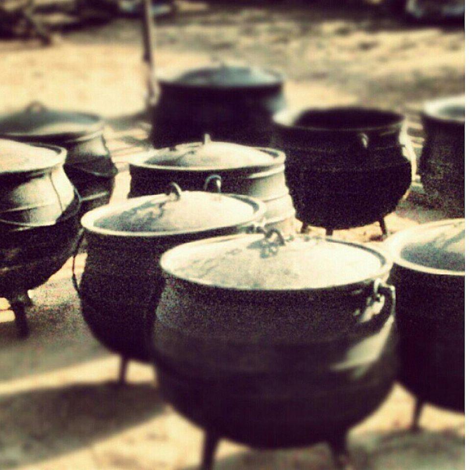 Traditional 3 legged iron pot