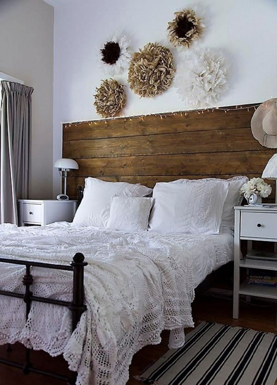 Vintage rustic bedroom. Vintage Bedroom Decorating Ideas and Photos