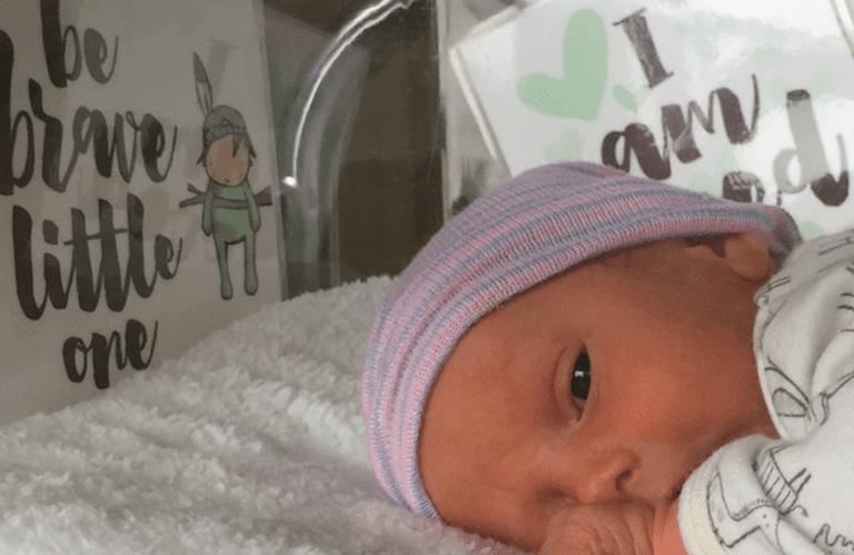 5 Thoughtful and Inspiring Gifts for NICU Mom's