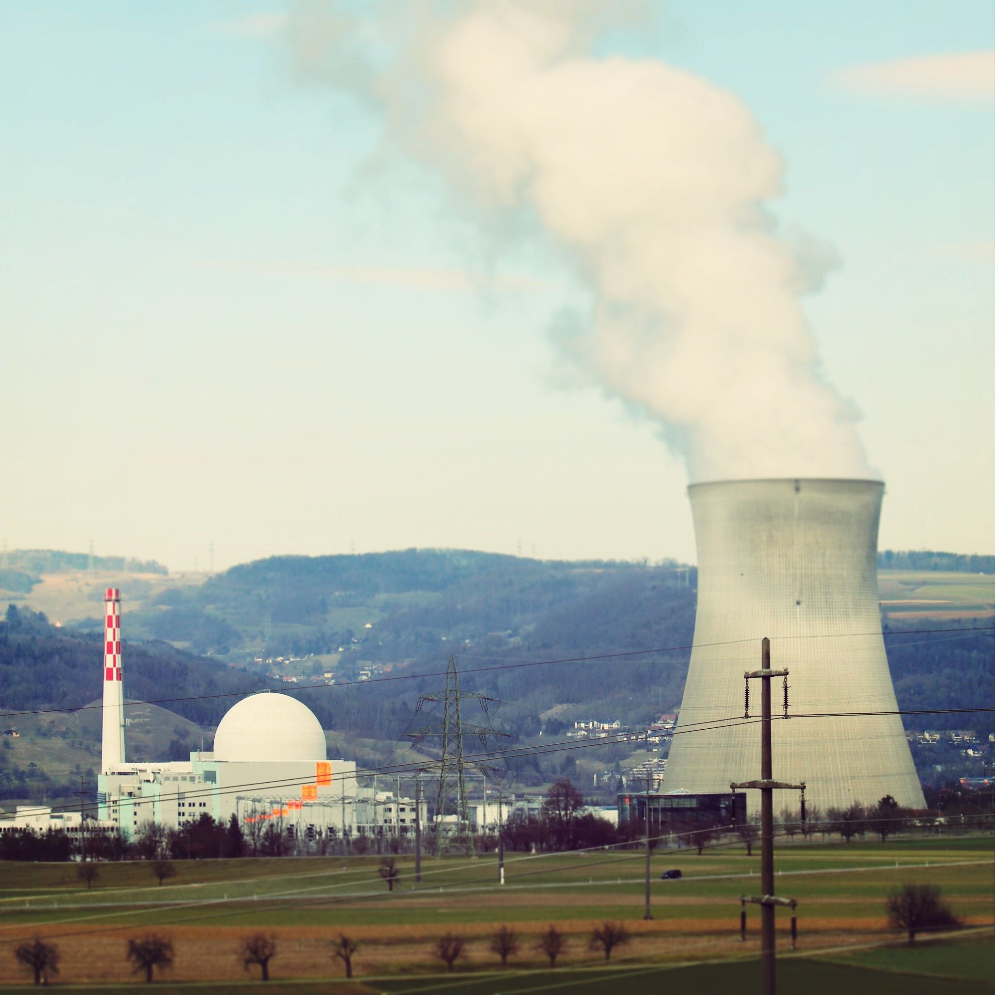 The Pros And Cons Of Nuclear Power