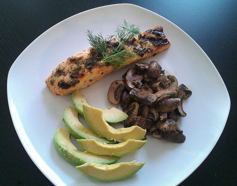 Grilled Caper and Dill Salmon