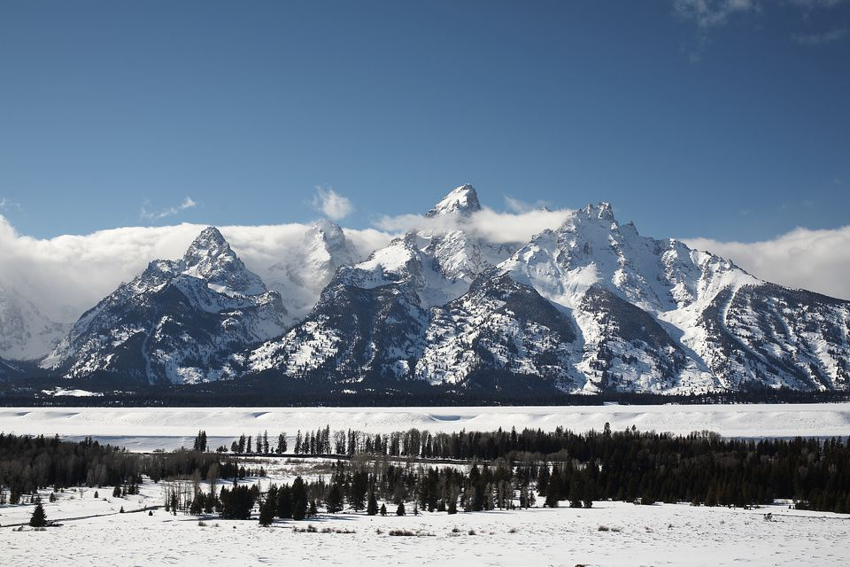 USA, Wyoming, Jackson Hole, Snow covered landscape, mountains in background