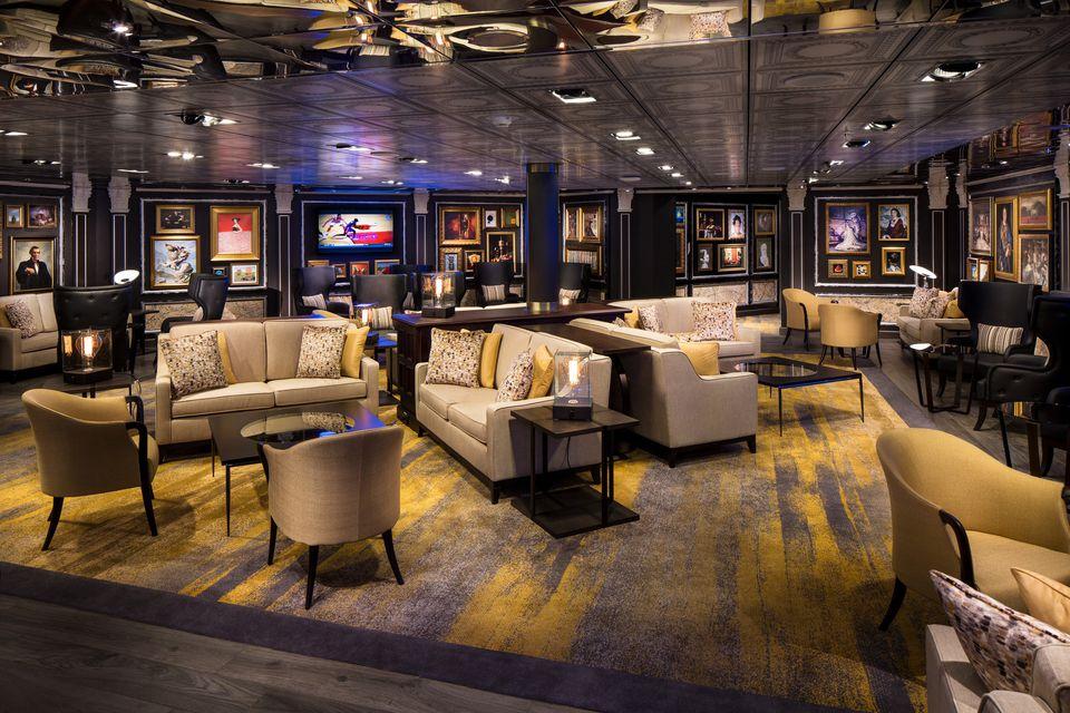 Gallery Bar on the Holland America Eurodam cruise ship