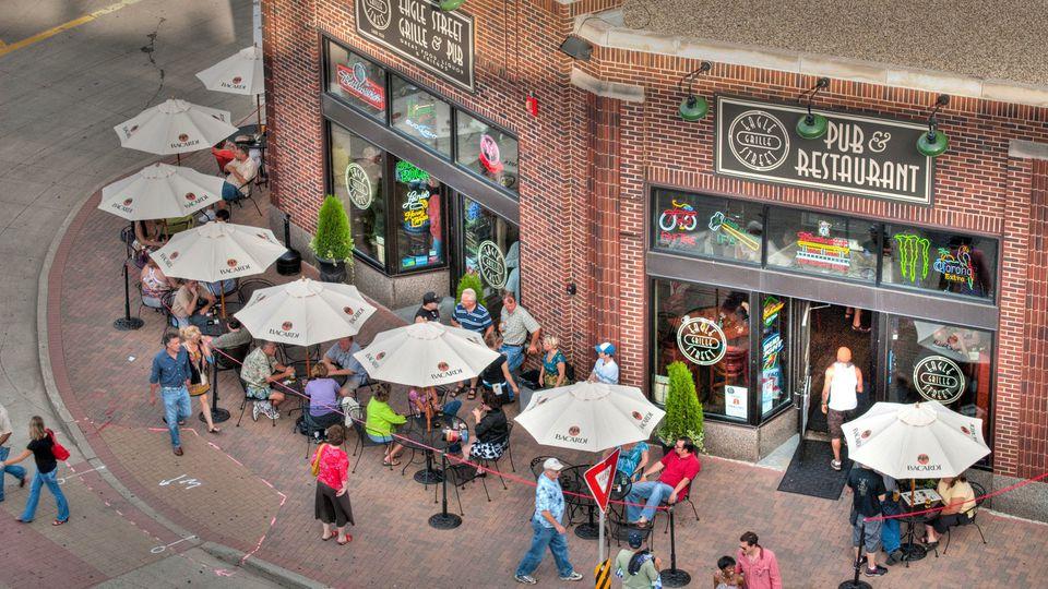 Restaurants Downtown St Paul Near Xcel