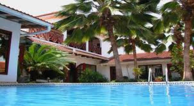 Best Budget and Mid-Range Hotels in Ghana