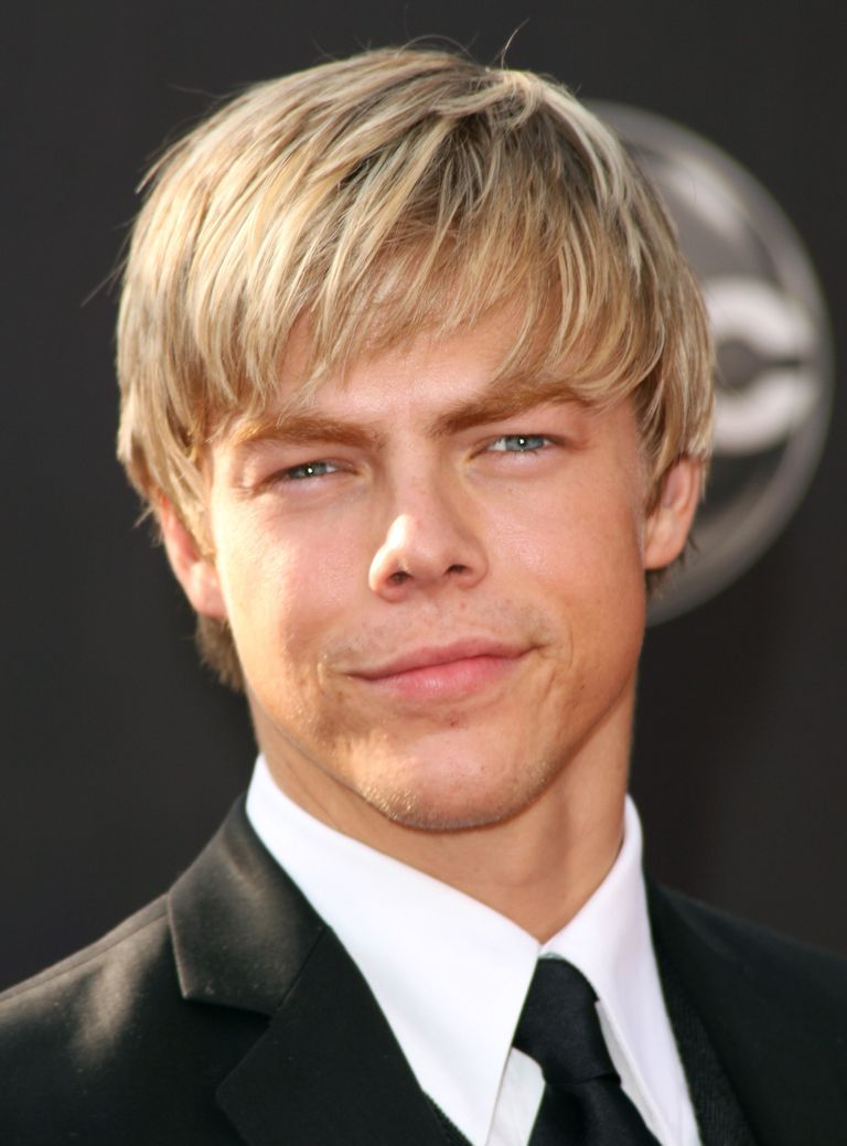 Blond Hair With Some Length Has A Casual Beachy Appearance