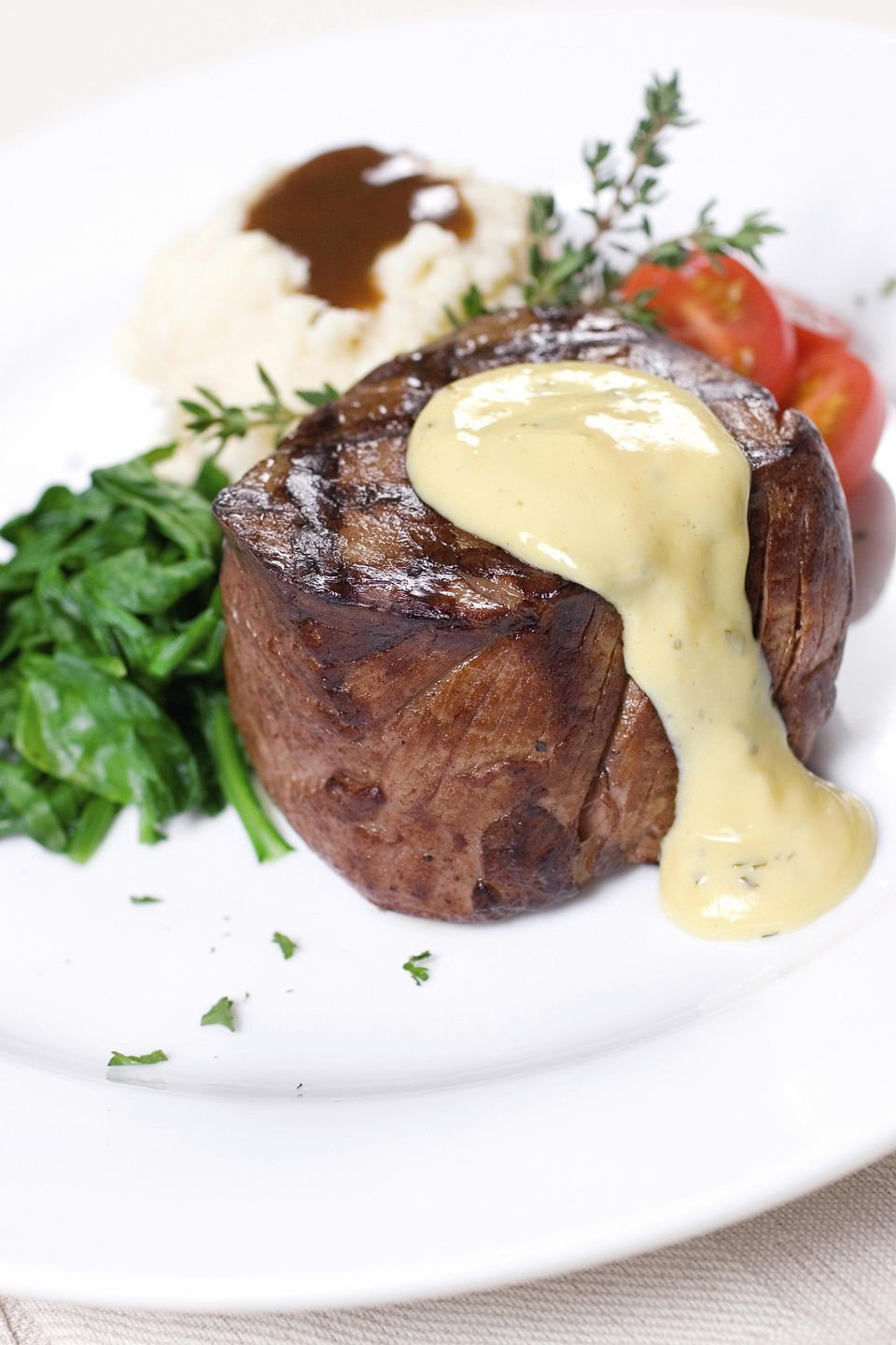 Grilled Filet Mignon with Bernaise Sauce