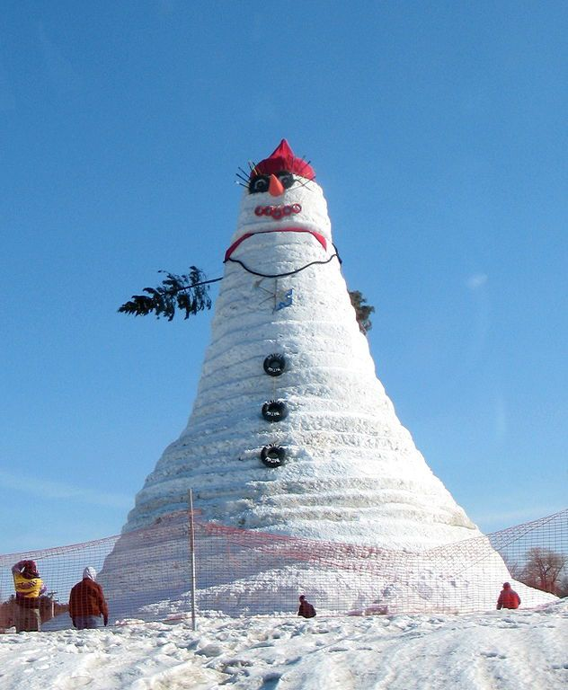 Olympia the snow woman is 122 feet, one inch high and set a new Guinness world record.