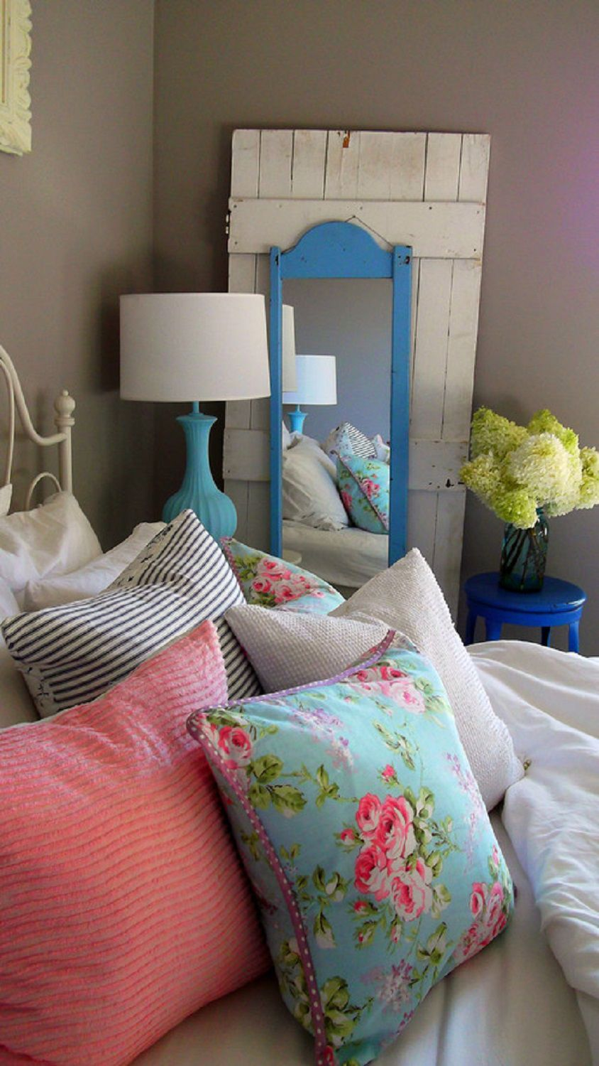 vintage bedroom decorating ideas and photos
