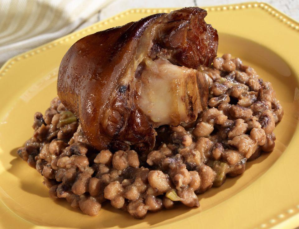 Crock Pot Southern Black Eyed Peas With Ham Hock Recipe