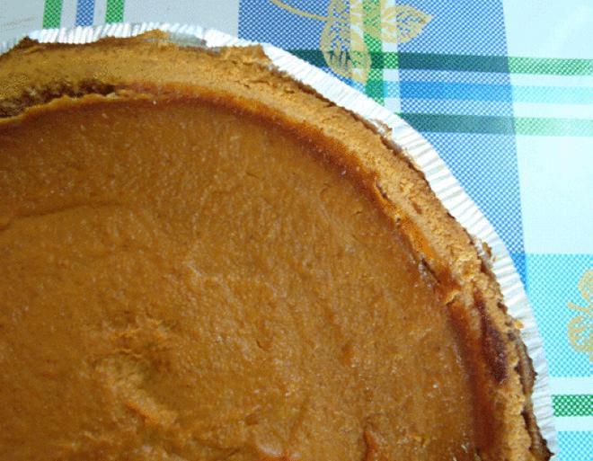 Yum! Vegan pumpkin pie, made from tofu!