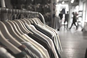 Retail Sales Merchandiser Job Description and Career Path Requirements