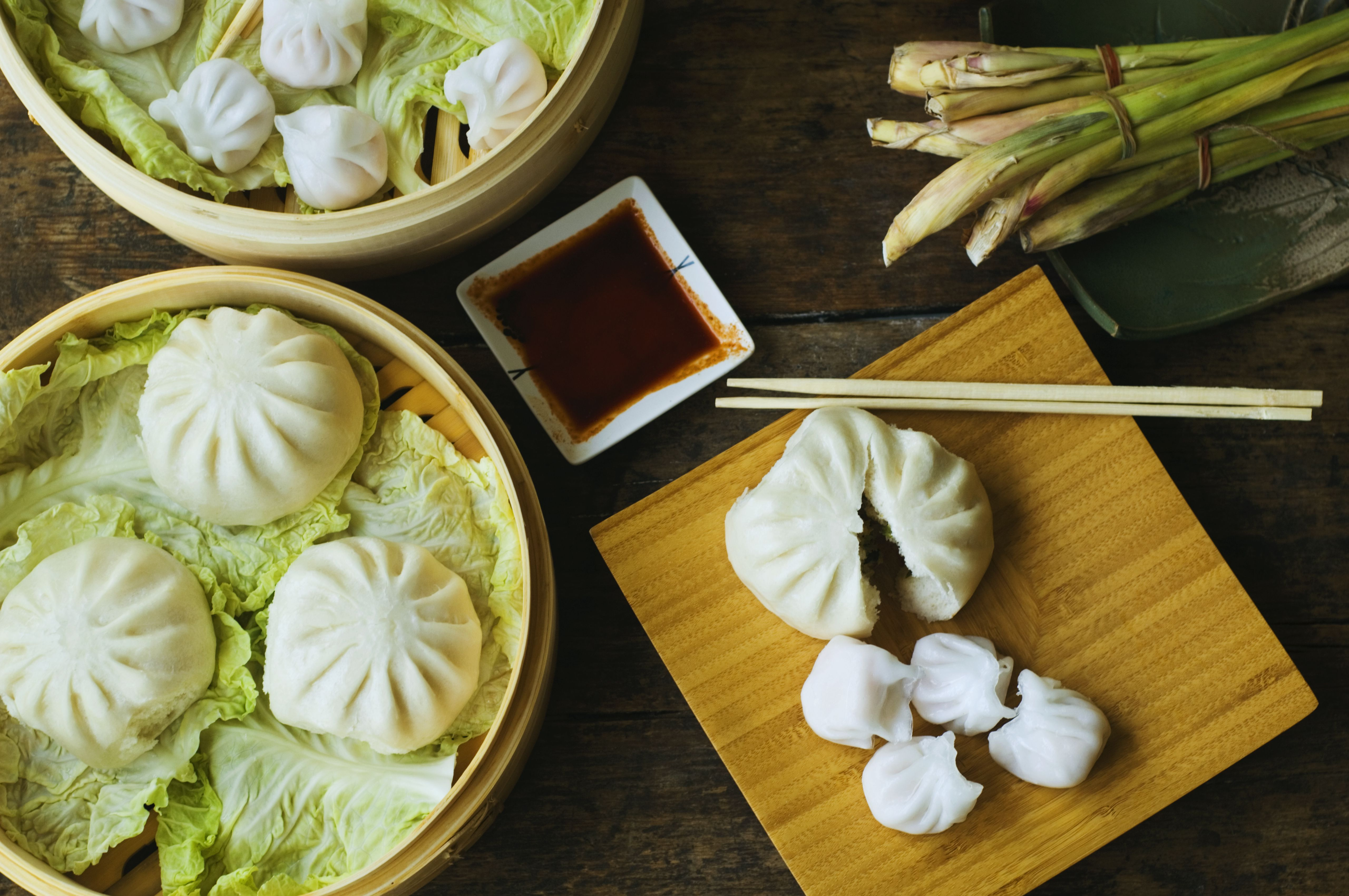 Chinese recipes cantonese cooking more than 40 scrumptious dim sum recipes exploring chinese food forumfinder Choice Image
