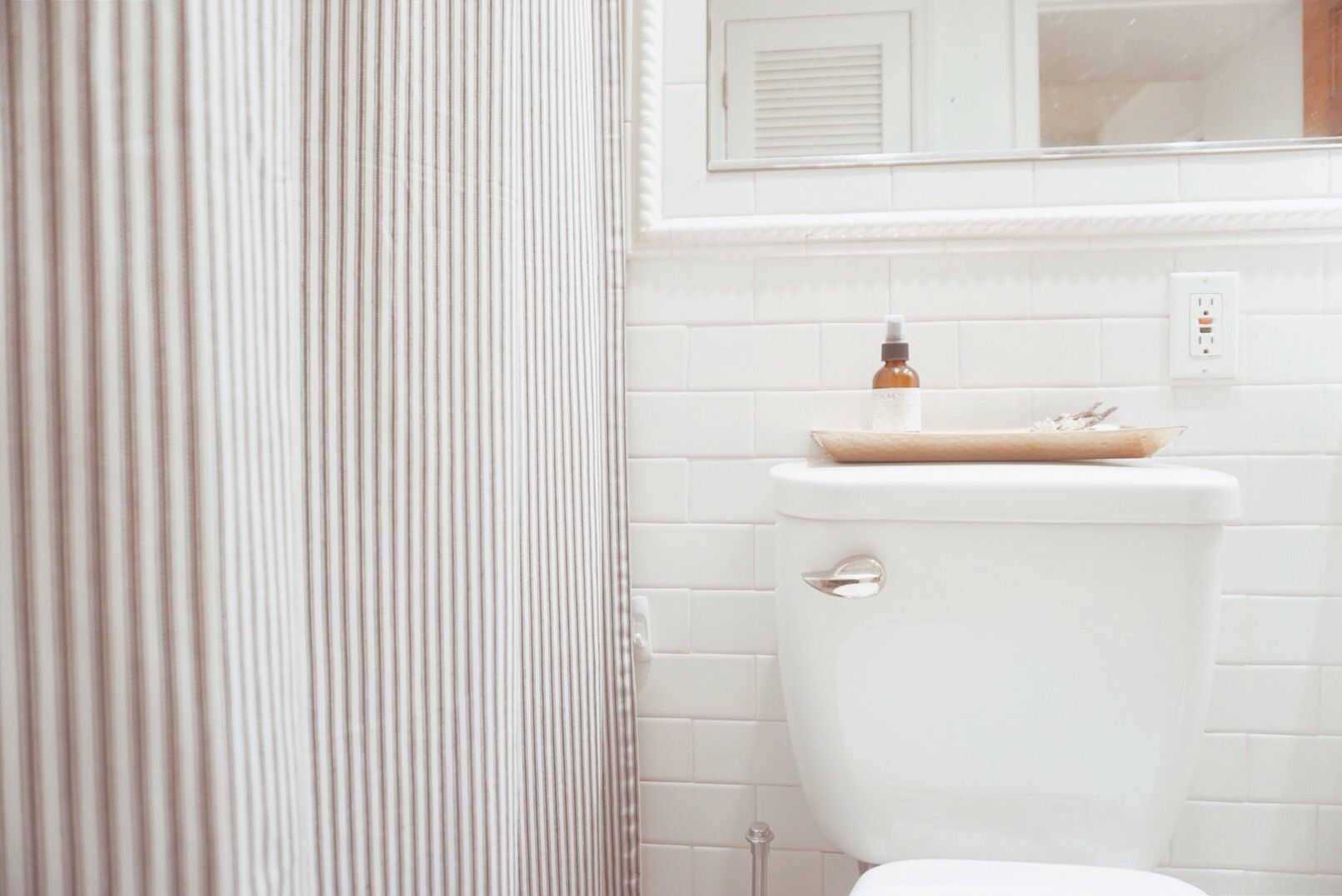 Problems going to the bathroom - Replace Or Repair Dealing With A Cracked Toilet