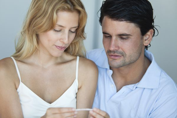 Couple with a positive pregnancy test