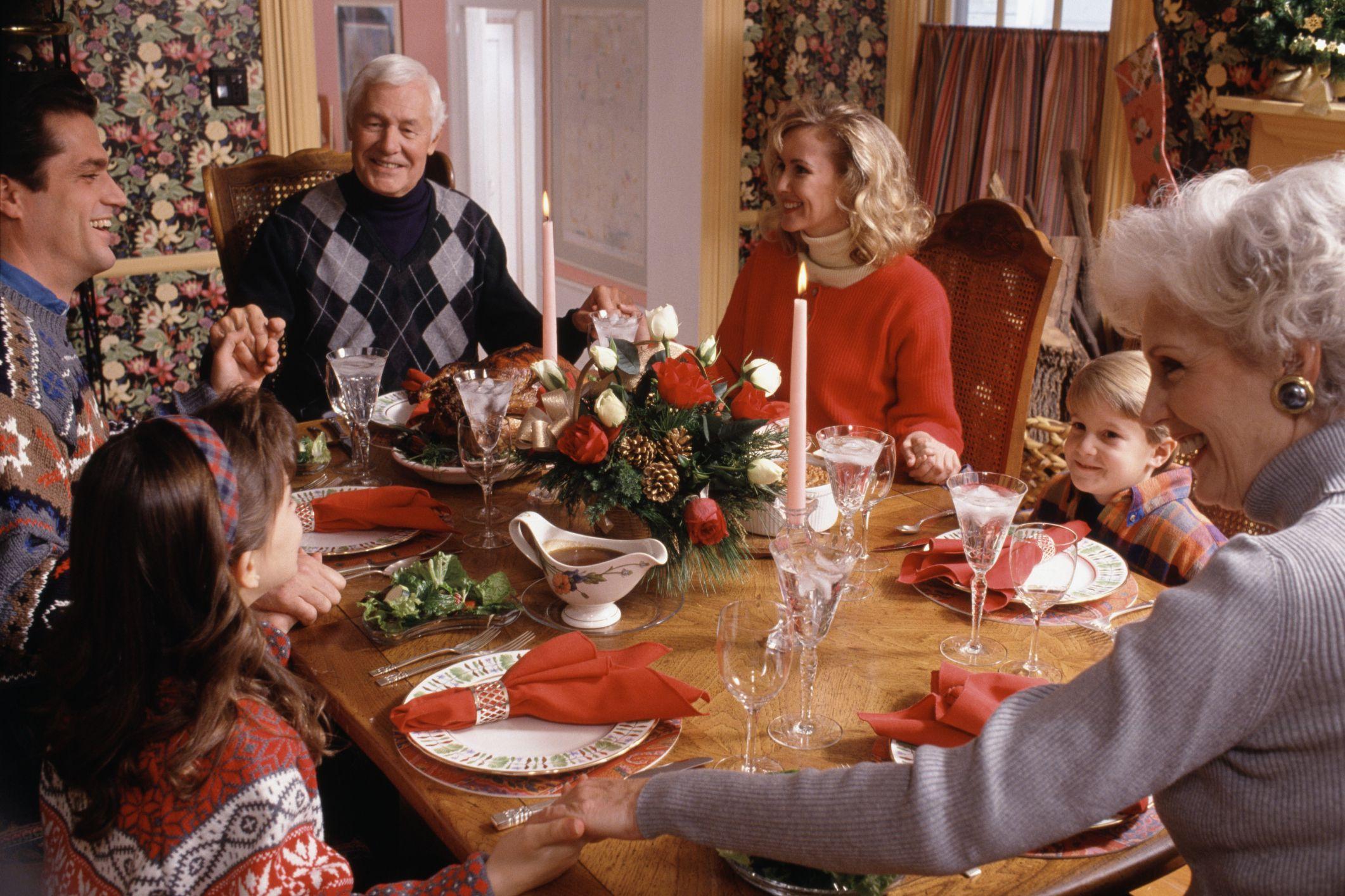 Новый год в кругу семьи на английском