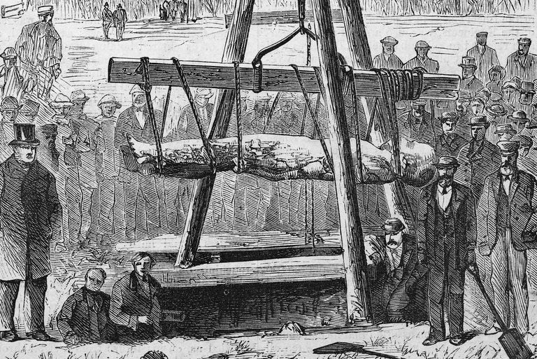 19th century illustration of the Cardiff Giant being lifted on a hoist.