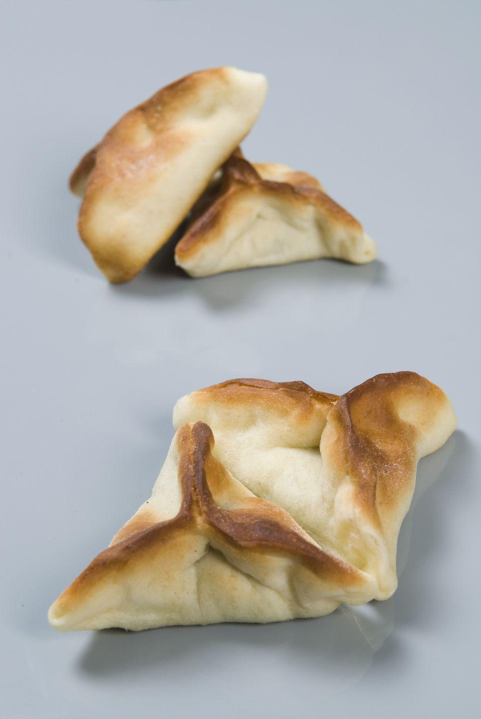 fatayer (Lebanese spinach pie)