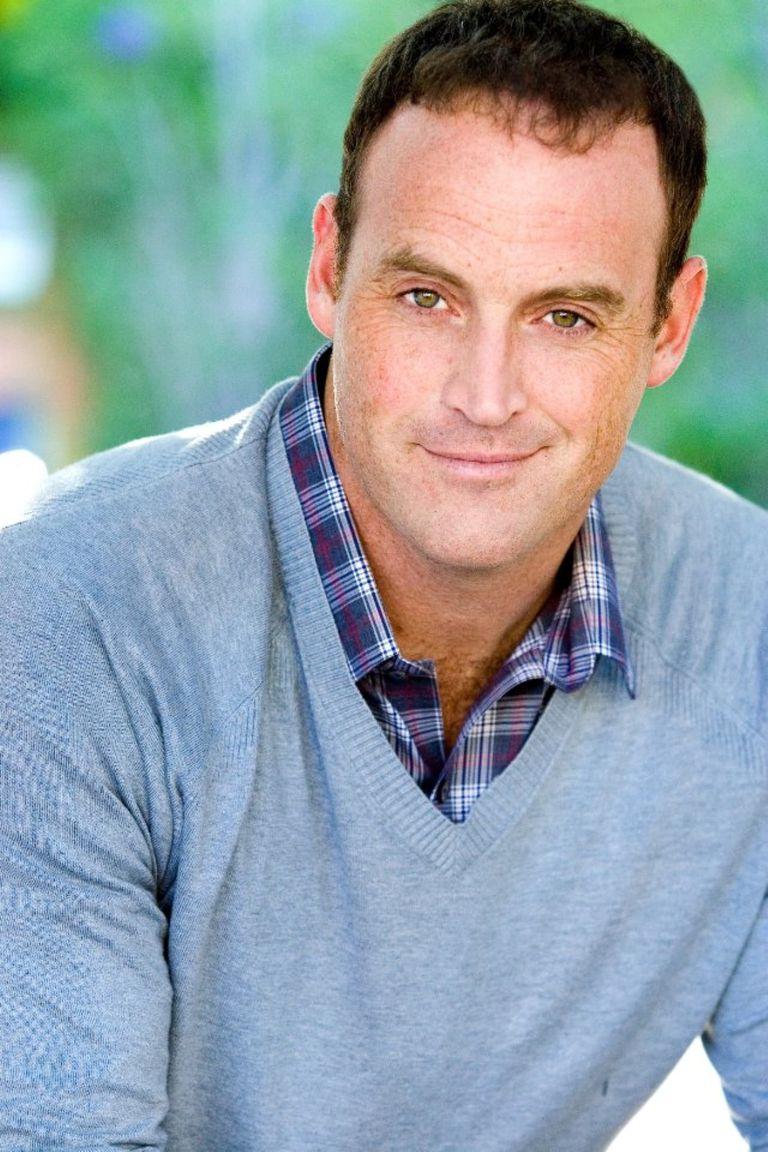 Matt Iseman, comedian and TV celebrity, has rheumatoid arthritis.