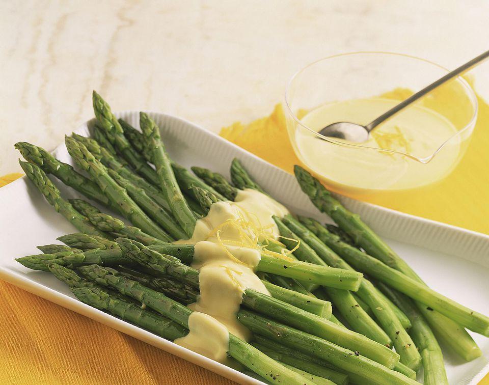 asparagus-hollandaise-sauce