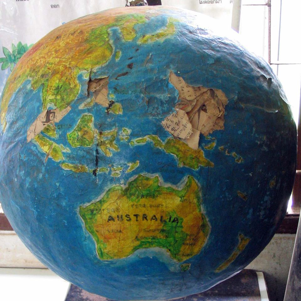 How to make a paper mache globe craft for What can you paper mache