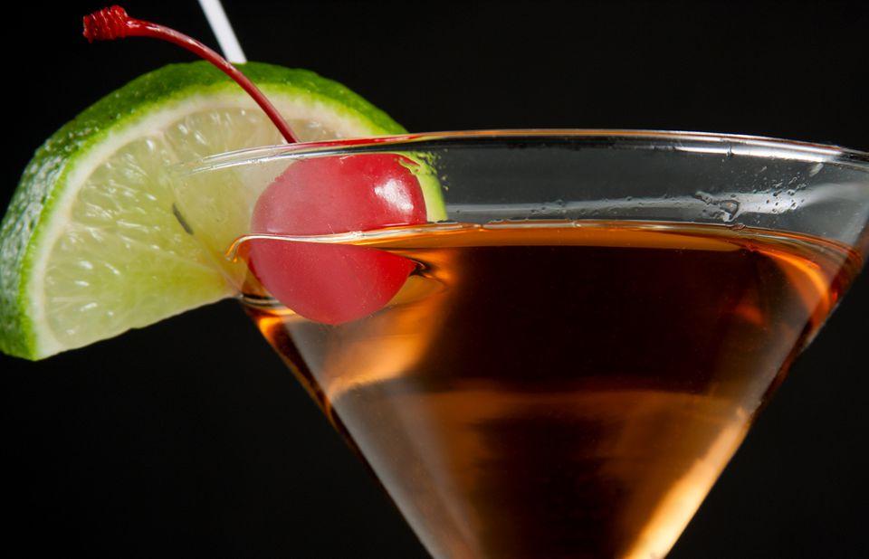 Thanksgiving Cocktail - Classic Gin Martini Recipe