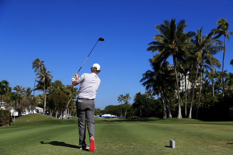 Brandt Snedeker tees off from the championship tees at the Sony Open