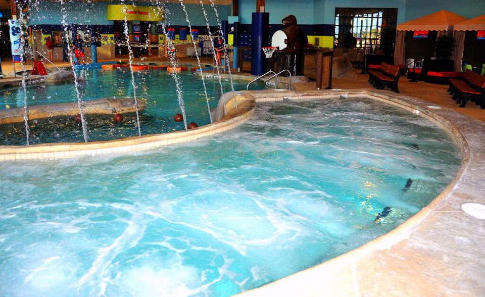 MICHIGAN'S INDOOR WATER PARK