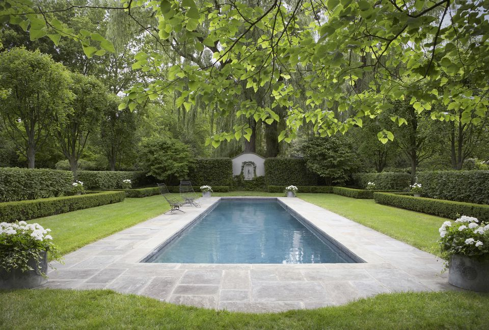 hedge garden and pool