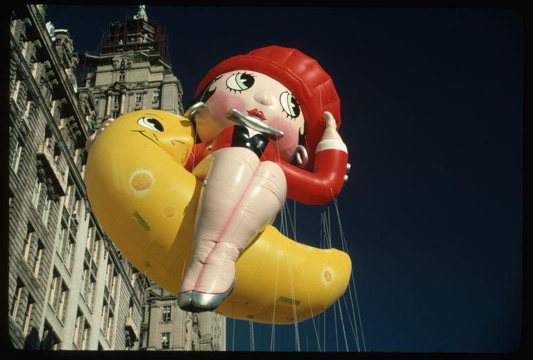 Betty Boop Balloon en desfile