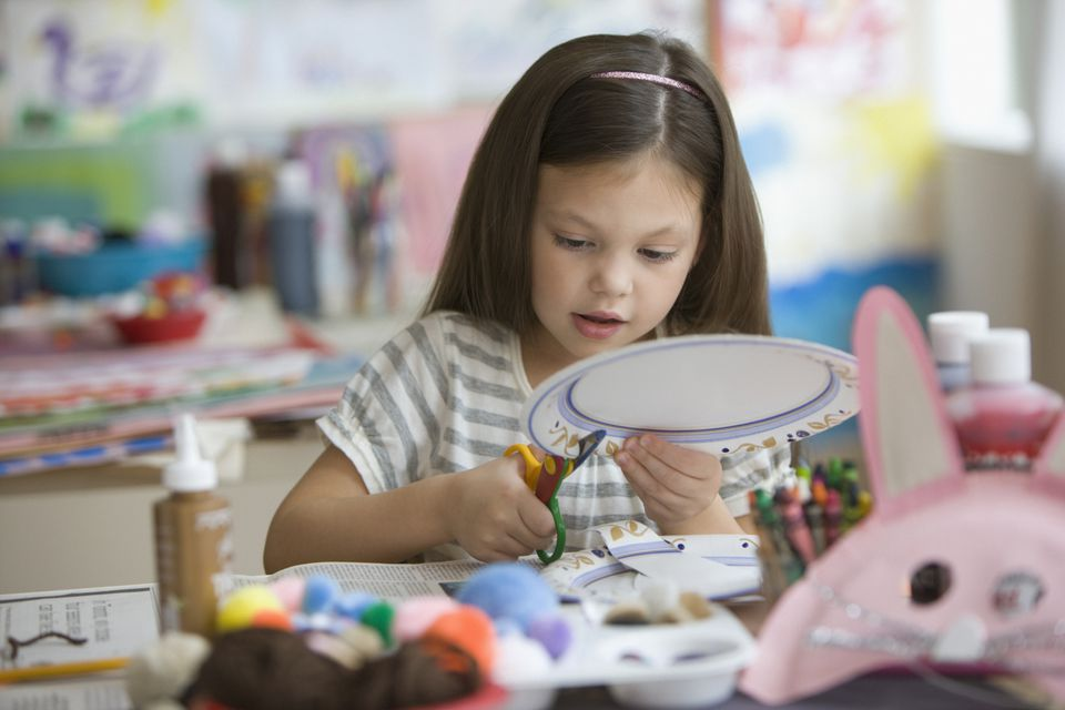 Find crafts you can make with paper plates