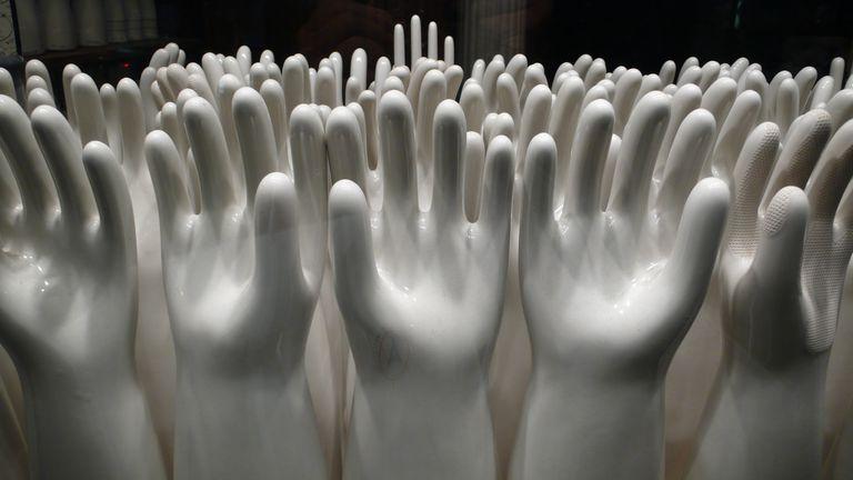 547499071_0a9ef44448_o--Bryan-Thatcher,-porcelain-glove-molds.jpg