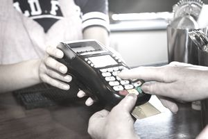 Credit card surcharges reheart Images