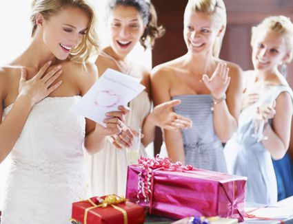The best bridal shower games and icebreakers avoid creating a bridezilla with one of these top 10 gifts m4hsunfo