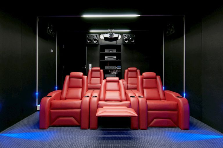 Best Luxury Option: Elite Home Theater Seating