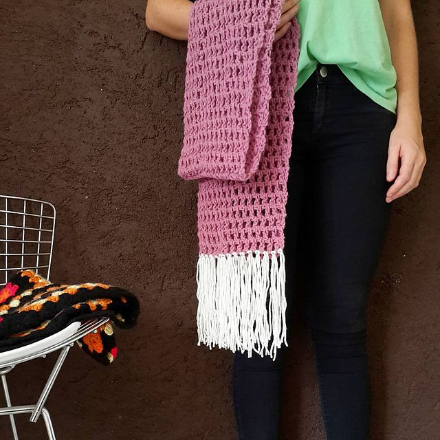 15 Fun, Fabulous FREE Fringed Crochet Patterns