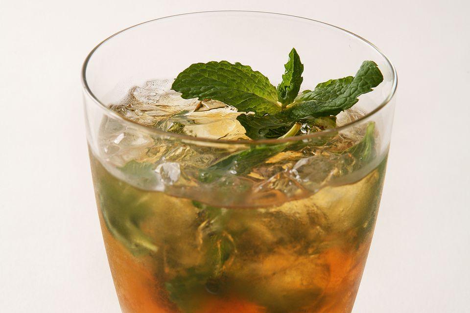 Classic Brandy Smash Cocktail