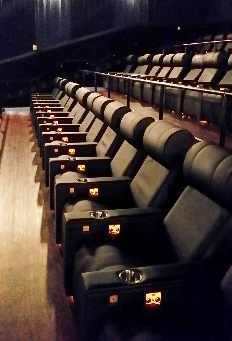 luxury-seats.jpg