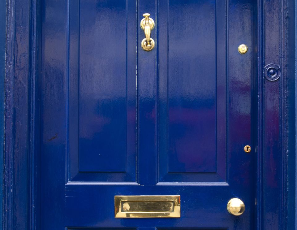 Feng Shui Colors For Your Southeast Front Door