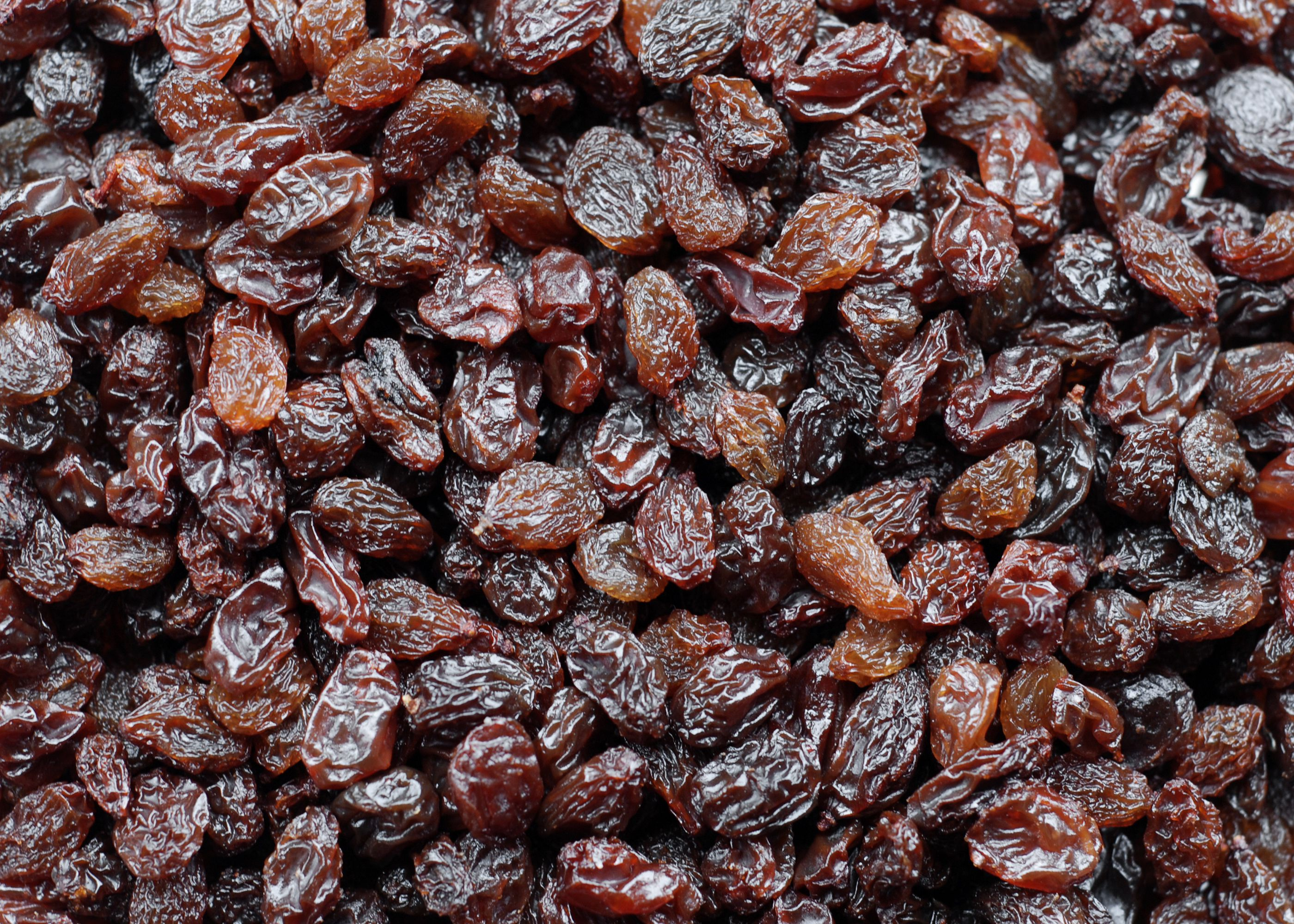 Carb Counts And Health Benefits Of Raisins