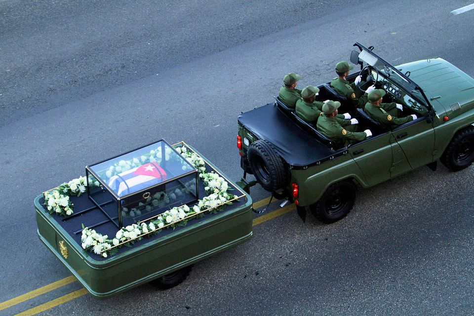 Fidel Castro's remains travel across Cuba