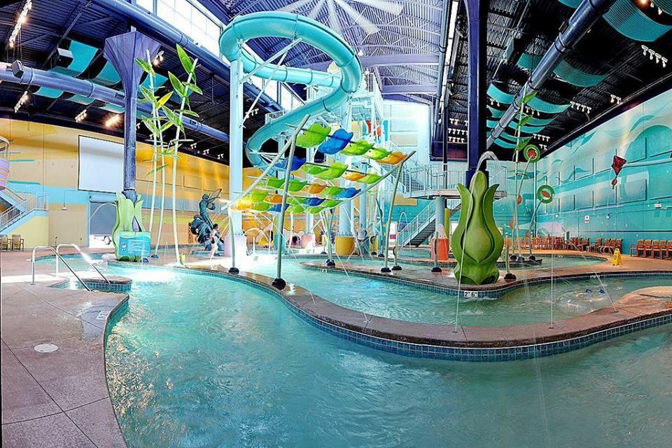 Hotel Cascada ABQ Surf n' Slide Water Park