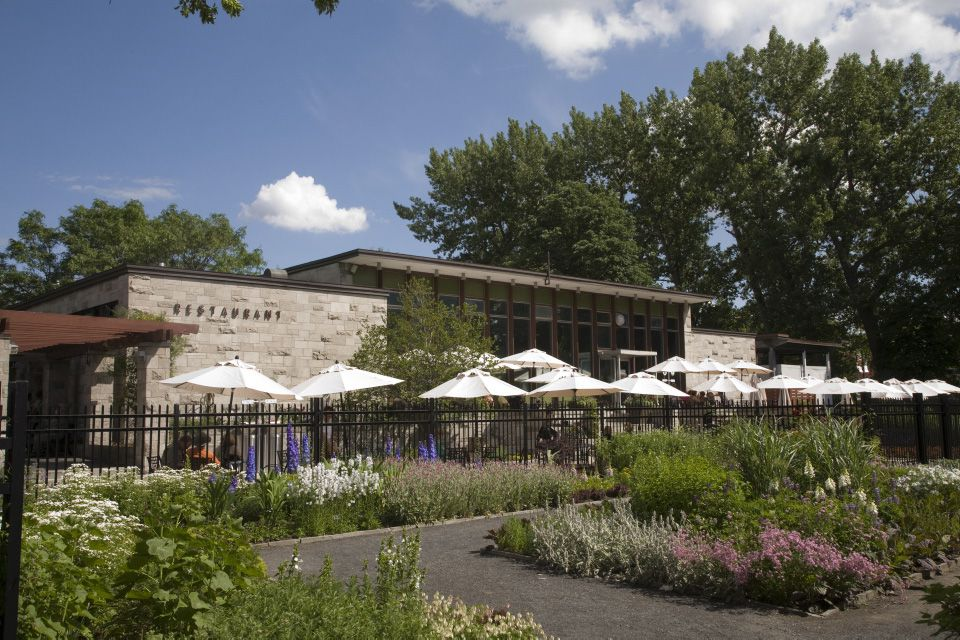Montreal terraces and rooftop patios best terrasses - Terrasse jardin botanique montreal poitiers ...