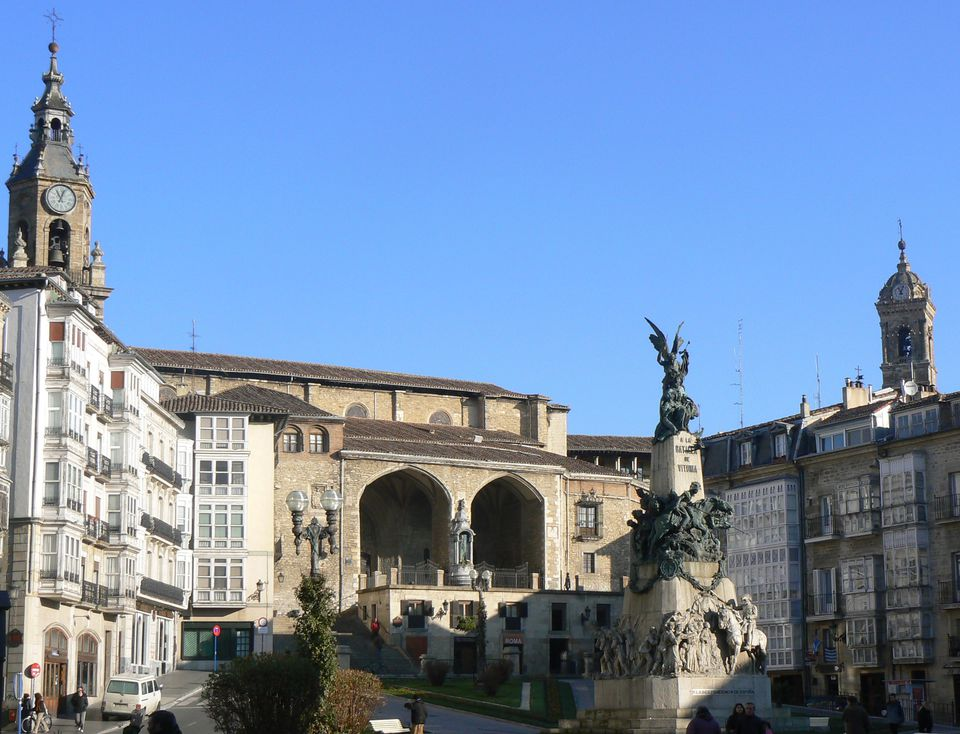plaza virgen blanca vitoria basque country