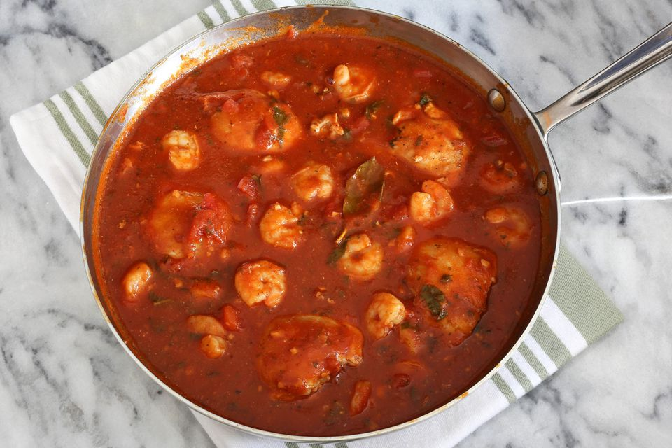 chicken and shrimp red sauce