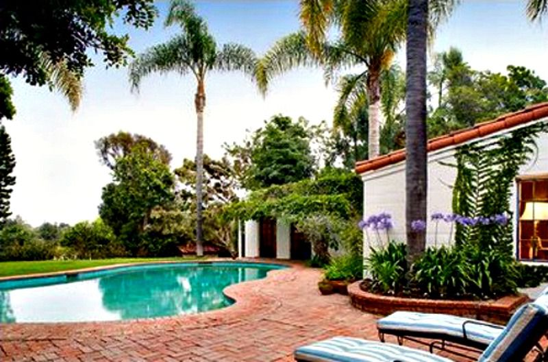 Take A Tour Of Marilyn Monroe 39 S Brentwood House