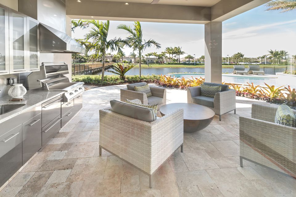 Design Tips For Planning The Perfect Outdoor Kitchen - Creating the ideal outdoor summer kitchen this fall
