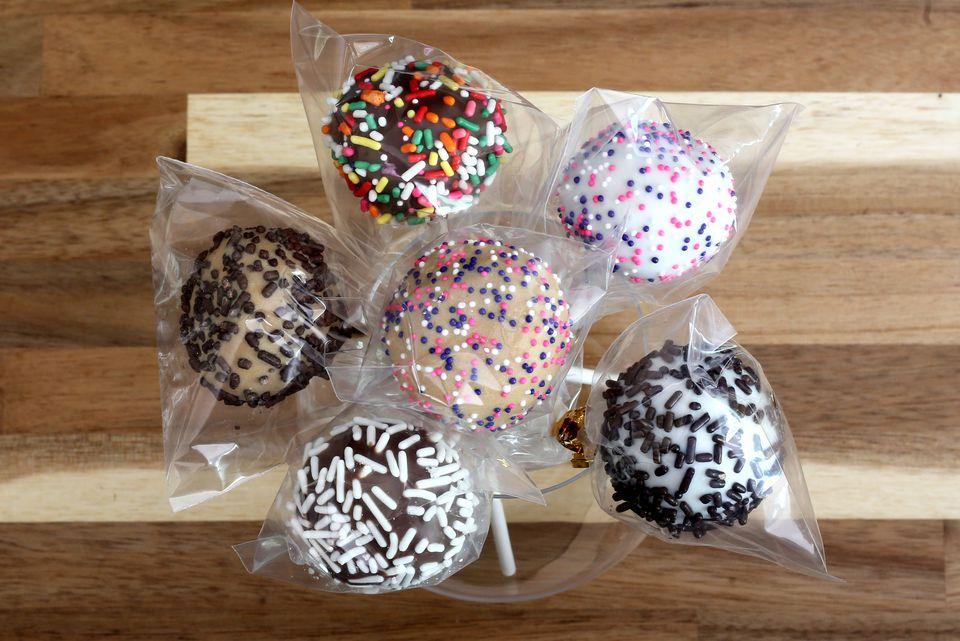 Cookie Dough Pops Bouquet