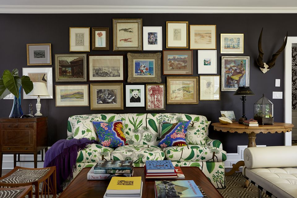 traditional black living room